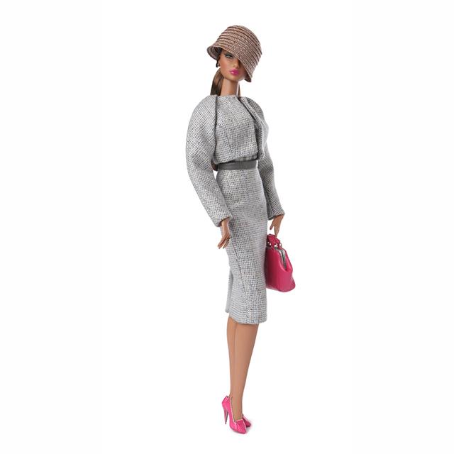 91371 Fashion Royality Prestige/Natalia Fatalé™ Dressed Doll 2015