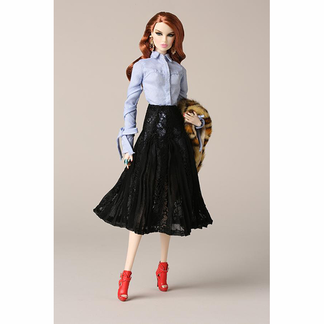 91415 Sophistiquée / Vanessa Perrin Dressed Doll La Femme The 2017 Fashion Royalty Collection
