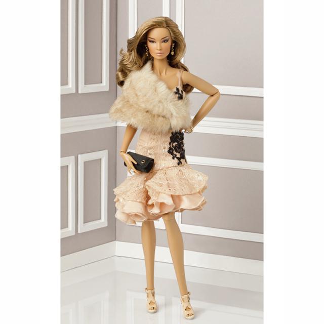 78010 FR16 Cosmetic Surrender Elsa Lin™Dressed Doll 2014